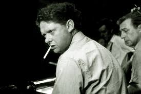 The fitting up of Dylan Thomas - Poetry - TLS