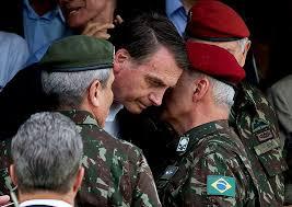 Governo Bolsonaro tem cerca de 130 militares em cargos de | Política