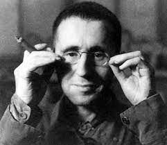 Cinco frases e cinco livros de Bertolt Brecht | Estante Virtual Blog